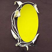 """Для дома и интерьера ручной работы. Ярмарка Мастеров - ручная работа Зеркало в кованой раме """" Калла """" со стеклянной полочкой. Handmade."""