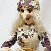 Народная кукла ручной работы. Ярмарка Мастеров - ручная работа Народная кукла: Баба Яга кукла вышивальщица.. Handmade.