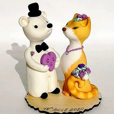 Свадебный салон ручной работы. Ярмарка Мастеров - ручная работа Белый медведь и рыжая кошечка . Фигурка для свадебного торта. Handmade.