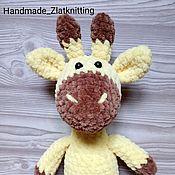 Мягкие игрушки ручной работы. Ярмарка Мастеров - ручная работа Вязаный плюшевый жираф. Handmade.