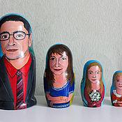 Подарки к праздникам ручной работы. Ярмарка Мастеров - ручная работа Портретная матрешка 4-местная. Handmade.