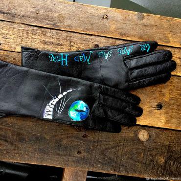 """Accessories handmade. Livemaster - original item Черные кожаные перчатки.""""Черская улыбка""""  Роспись. Handmade."""
