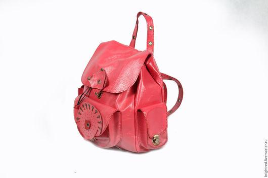 Женские сумки ручной работы. Ярмарка Мастеров - ручная работа. Купить Кожаный рюкзак Pockemon большой. Handmade. Коралловый, Кожаная сумка