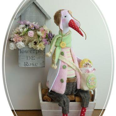 Куклы и игрушки ручной работы. Ярмарка Мастеров - ручная работа Аист тильда с младенцем.Подарок на рождение девочки. Розовый цвет. Handmade.
