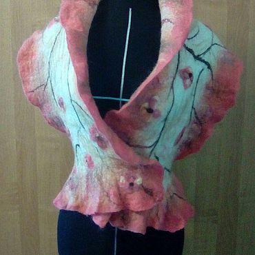 Одежда ручной работы. Ярмарка Мастеров - ручная работа Жилеты: Сакура. Handmade.