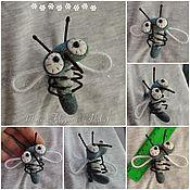 Украшения ручной работы. Ярмарка Мастеров - ручная работа Валяные броши-насекомые - для примера. Handmade.