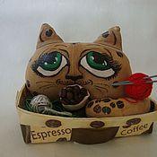Куклы и игрушки ручной работы. Ярмарка Мастеров - ручная работа Кофейно-вязальный кот. Handmade.