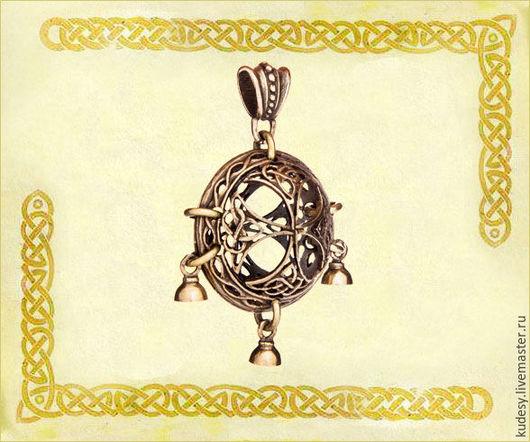 """Кулоны, подвески ручной работы. Ярмарка Мастеров - ручная работа. Купить Подвеска шумящая """"Кельтский крест"""". Handmade. Золотой, подарок"""
