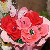"""Подарки к праздникам ручной работы. Ярмарка Мастеров - ручная работа Букет из конфет """"Милые розочки"""". Handmade."""