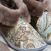 """Обувь ручной работы. Ярмарка Мастеров - ручная работа Чуни из овчины """"Огурцы"""" коричневые. Handmade."""