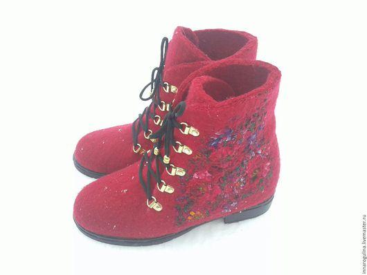 Обувь ручной работы. Ярмарка Мастеров - ручная работа. Купить ботиночки из 100% шерсти. Handmade. Валяные ботинки, красивые ботинки
