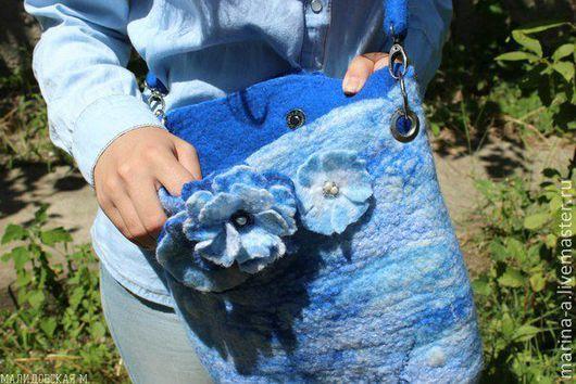 Женские сумки ручной работы. Ярмарка Мастеров - ручная работа. Купить Голубая сумка с цветами. Handmade. Синий, голубой, цветы