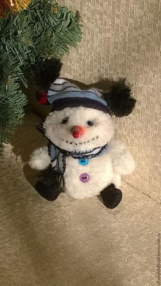 Человечки ручной работы. Ярмарка Мастеров - ручная работа. Купить Снеговик Сеня. Handmade. Белый, снеговик в подарок, интерьерная игрушка