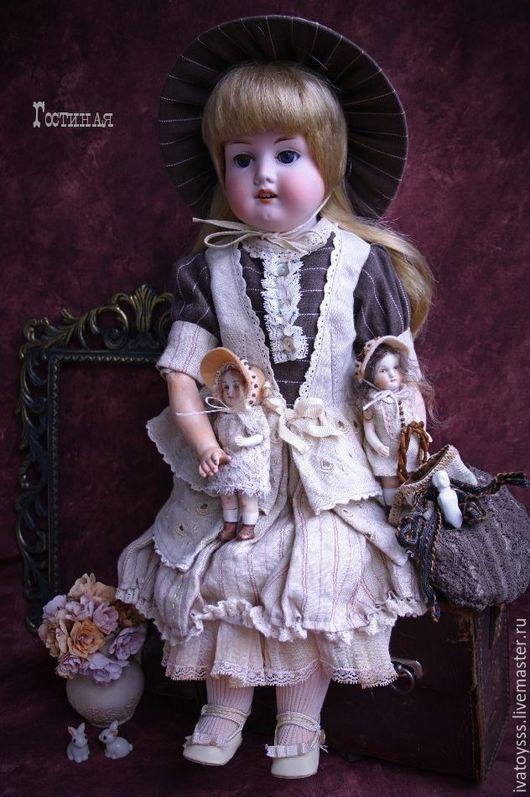Куклы и игрушки ручной работы. Ярмарка Мастеров - ручная работа. Купить Инсталляция из антикварных кукол Гостиная. Handmade. Бежевый