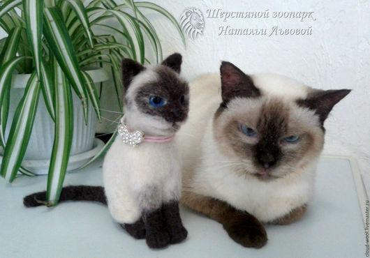 Игрушки животные, ручной работы. Ярмарка Мастеров - ручная работа. Купить Портретная кошка Сима, котик, котёнок, кот – миниатюра из шерсти / Cat. Handmade.