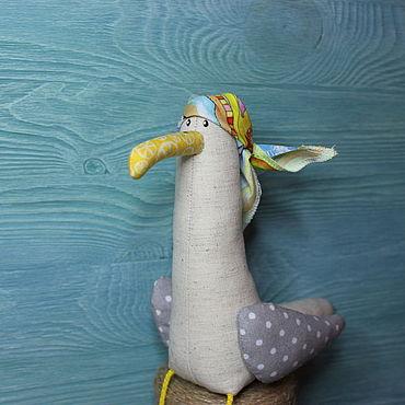 Куклы и игрушки ручной работы. Ярмарка Мастеров - ручная работа Игрушки: Чайка в бандане. Handmade.