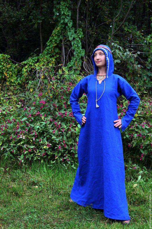Платье-МиРа. Лён 100% . Шьётся на заказ ,по меркам.Все изделия шьются с ластовицами.Платье шьётся с подоплёкой.По желанию, отдельно шьётся сумочка мешочек из такой же ткани.