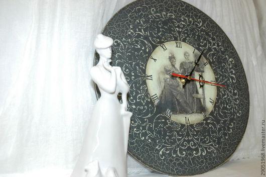 """Часы для дома ручной работы. Ярмарка Мастеров - ручная работа. Купить Часы """"Мамина пластинка"""". Handmade. Серый, часы для дома"""