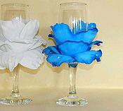 Свадебный салон ручной работы. Ярмарка Мастеров - ручная работа Свадебные бокалы с розой из фоамирана. Handmade.