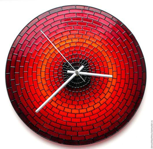 Часы для дома ручной работы. Ярмарка Мастеров - ручная работа. Купить Часы настенные «Кирпичики». Handmade. Часы, Роспись по стеклу