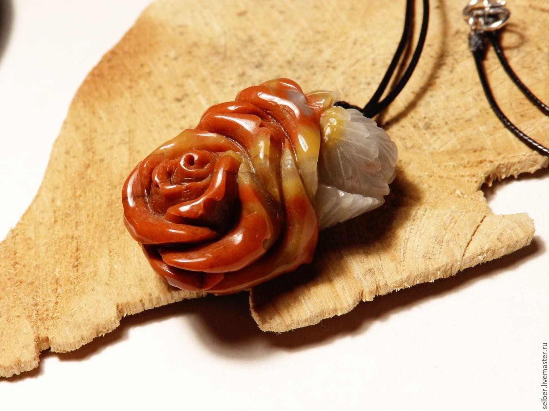 розы из камня фото хорошей