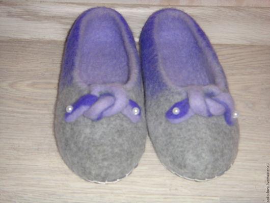 """Обувь ручной работы. Ярмарка Мастеров - ручная работа. Купить Валяные тапочки""""Ночная прохлада"""". Handmade. Темно-серый, кардочес новозеландский"""