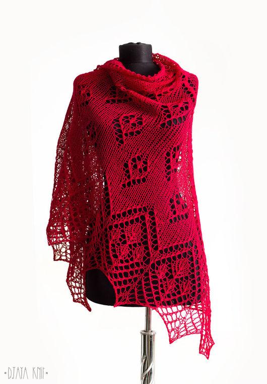 Шали, палантины ручной работы. Ярмарка Мастеров - ручная работа. Купить Красная шаль с цветочным узором (100% шерсть). Handmade.