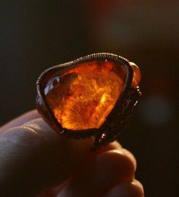 """Кольца ручной работы. Ярмарка Мастеров - ручная работа. Купить Кольцо """"Лик янтаря"""". Handmade. Кольцо, проволока медная"""