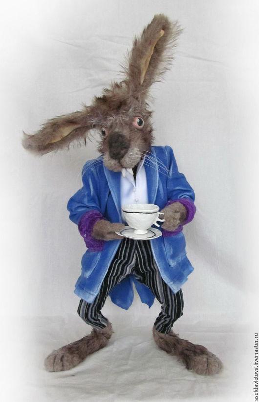 Сказочные персонажи ручной работы. Ярмарка Мастеров - ручная работа. Купить Мартовский заяц. Handmade. Серый, авторская ручная работа