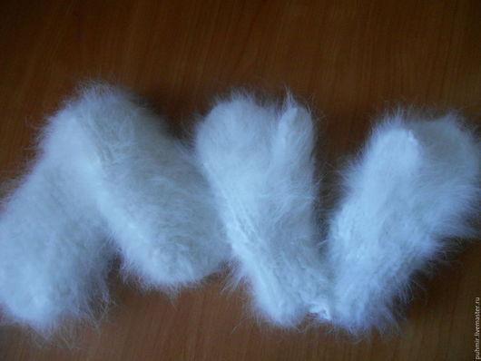Варежки детские .Размеры от 1года до 3х  Теплые толстые,зимние.Связаны из натуральных материалов.Пух кролика и нить хлопчатобумажная.Очень приятные на ощупь ,мягкие.
