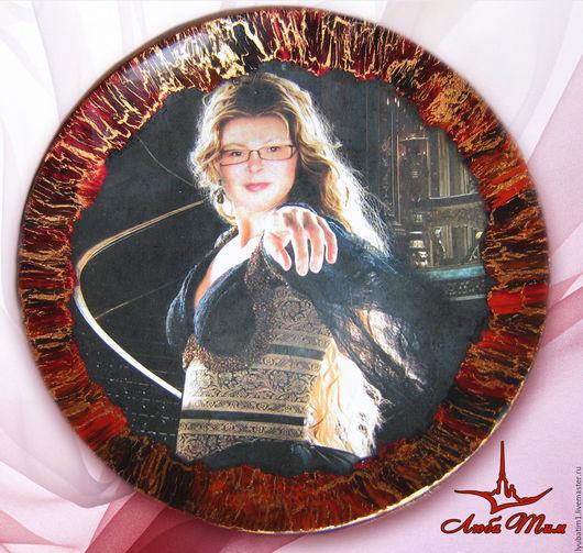 Подарочная тарелка, Фотоколлаж из вашего фото и старинной картины в технике Декупаж, тарелка, распечатка, обратный декупаж тарелки, декупаж тарелка, тарелка декупаж,  кракелюр, обратный декупаж