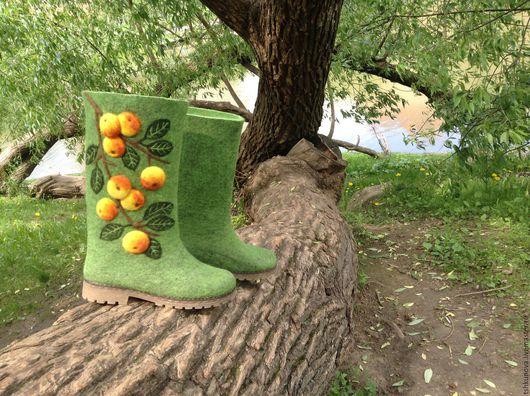 """Обувь ручной работы. Ярмарка Мастеров - ручная работа. Купить Валенки """"яблочки"""". Handmade. Ярко-зелёный, Валяние"""