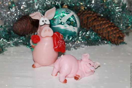 """Мыло ручной работы. Ярмарка Мастеров - ручная работа. Купить Сувенирное мыло""""Влюбленный свин"""". Handmade. Мыло ручной работы, поросенок"""