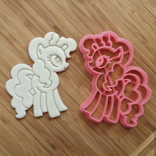Пони Пинки Пай. Вырубка-штамп для пряников, печенья, мастики, поделок из соленого теста.
