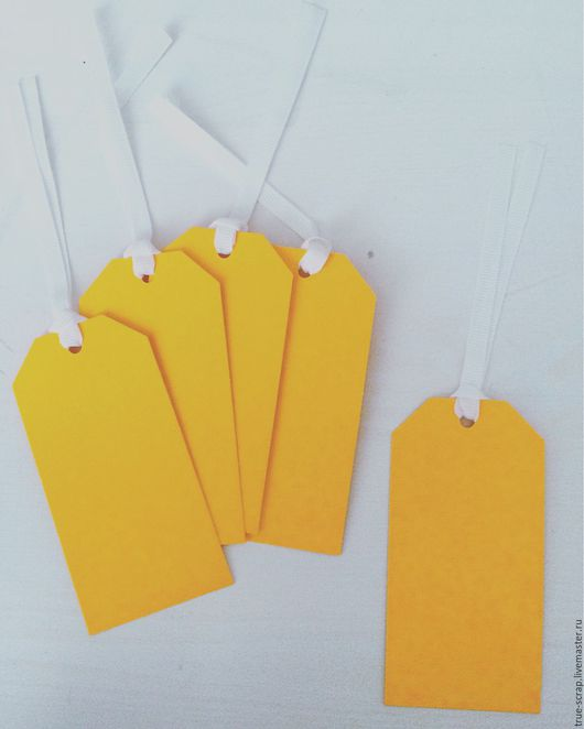 Открытки и скрапбукинг ручной работы. Ярмарка Мастеров - ручная работа. Купить Неоновый бумажный тег с ленточкой от Papermania (оранжевый цвет). Handmade.