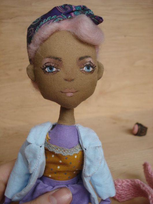 Коллекционные куклы ручной работы. Ярмарка Мастеров - ручная работа. Купить Текстильная кукла с розовыми волосами. Handmade. Кукла, шерсть