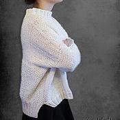 Одежда ручной работы. Ярмарка Мастеров - ручная работа Свитер оверсайз белый. Handmade.