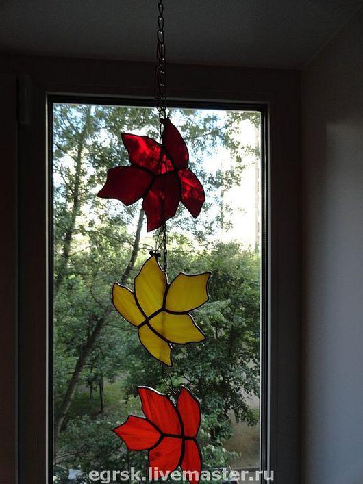 """Элементы интерьера ручной работы. Ярмарка Мастеров - ручная работа. Купить Подвеска """"Листопад"""". Handmade. Подвеска на окно, подвеска из стекла"""