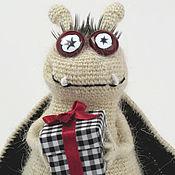 Куклы и игрушки ручной работы. Ярмарка Мастеров - ручная работа Вязаная игрушка Летучая мышь. Подарочек. Handmade.
