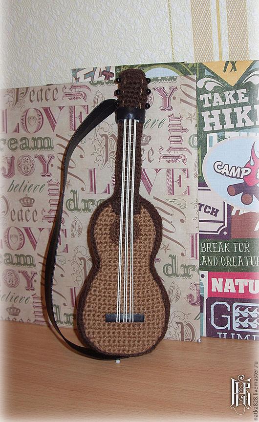 Техника ручной работы. Ярмарка Мастеров - ручная работа. Купить Гитара вязаная. Handmade. Коричневый, ручная работа