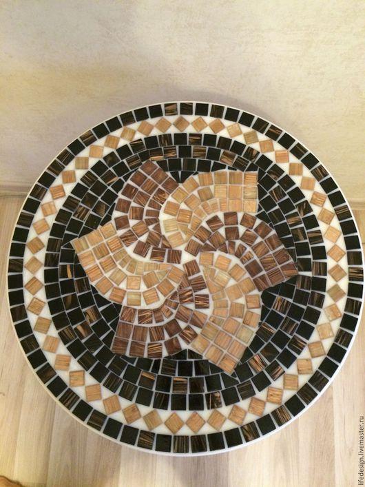 Мебель ручной работы. Ярмарка Мастеров - ручная работа. Купить Мозаичный столик ручной работы Цветок. Handmade. Белый, бронза