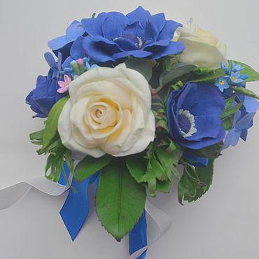Свадебный салон ручной работы. Ярмарка Мастеров - ручная работа Синие гортензии анемоны незабудки белые розы букет цветов. Handmade.