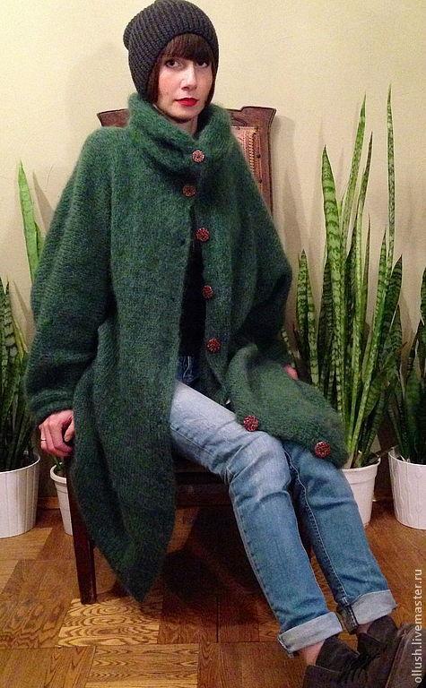 46088841aff Зеленое пальто на пуговицах – купить в интернет-магазине на Ярмарке ...