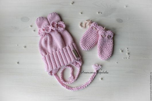 Шапки и шарфы ручной работы. Ярмарка Мастеров - ручная работа. Купить Вязаная шапочка для новорожденной девочки Зайка. Handmade.