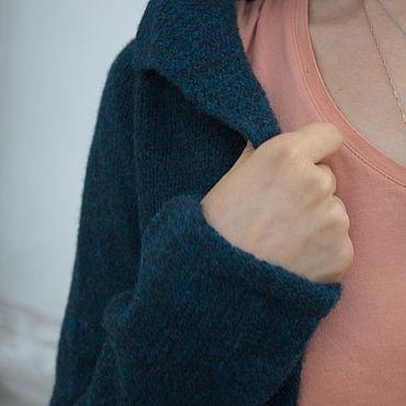 """Одежда ручной работы. Ярмарка Мастеров - ручная работа Кофта вязаная шерстяная/кардиган """"Петрель"""", теплая и мягкая. Handmade."""