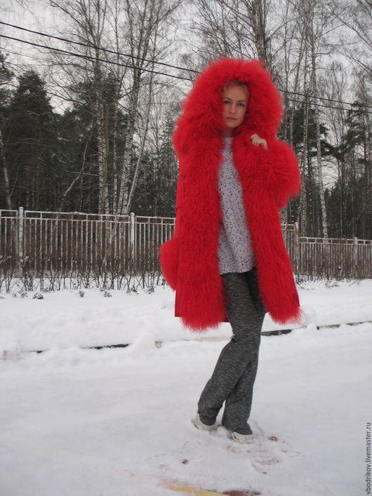 """Верхняя одежда ручной работы. Ярмарка Мастеров - ручная работа. Купить Куртка-парка """" Красная """" с ламой. Handmade."""