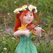 Куклы и игрушки ручной работы. Ярмарка Мастеров - ручная работа Алиса скрипачка. Кукла. Сухое валяние. Handmade.