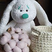 Мягкие игрушки ручной работы. Ярмарка Мастеров - ручная работа Мягкие игрушки: Зайка с корзинкой. Handmade.