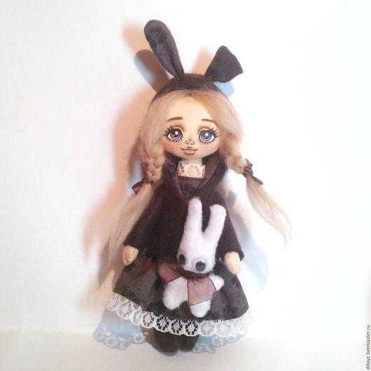Коллекционные куклы ручной работы. Ярмарка Мастеров - ручная работа. Купить Кукла текстильная Малышка-заюшка Каштанка. Handmade.