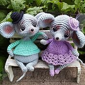 Мягкие игрушки ручной работы. Ярмарка Мастеров - ручная работа Игрушки: Мастер-класс по вязанию мышки. Handmade.
